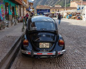 The cobblestone square of Pisac is filled with merchants and craftspeople who descend into the village each morning from the mountains to set up shop. (Kevin Kaiser | Travel Beat Magazine)